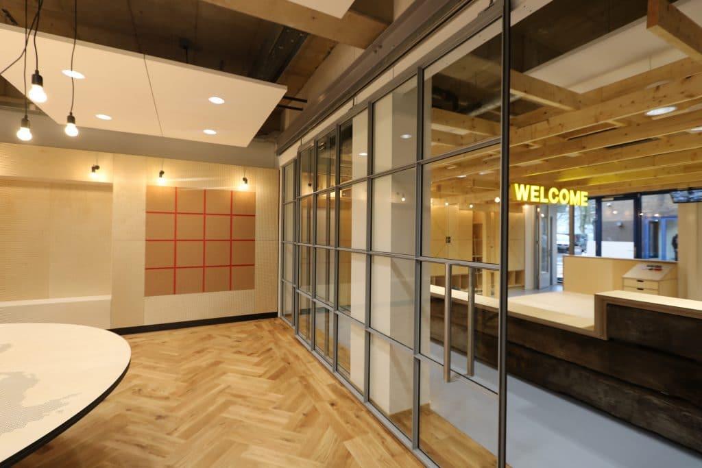 akoestische plafondplaten plafonpanelen plafondeiland plafonds verbeteren